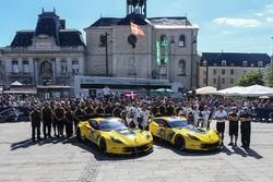 #64 Corvette Racing Corvette C7.R: Oliver Gavin, Tommy Milner, Marcel Fassler, #63 Corvette Racing C