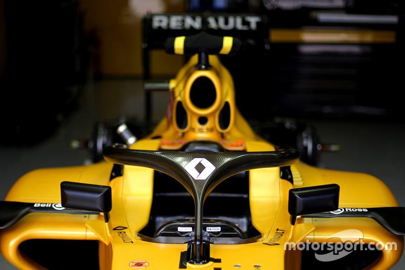 Renault F1 Team RS16 mit Cockpitschutz Halo
