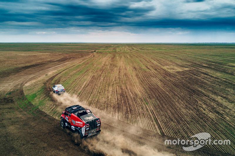 #301 Mammoet Rallysport Renault: Maarten van den Brink, Rijk Mouw, Daniel Kozlovsky