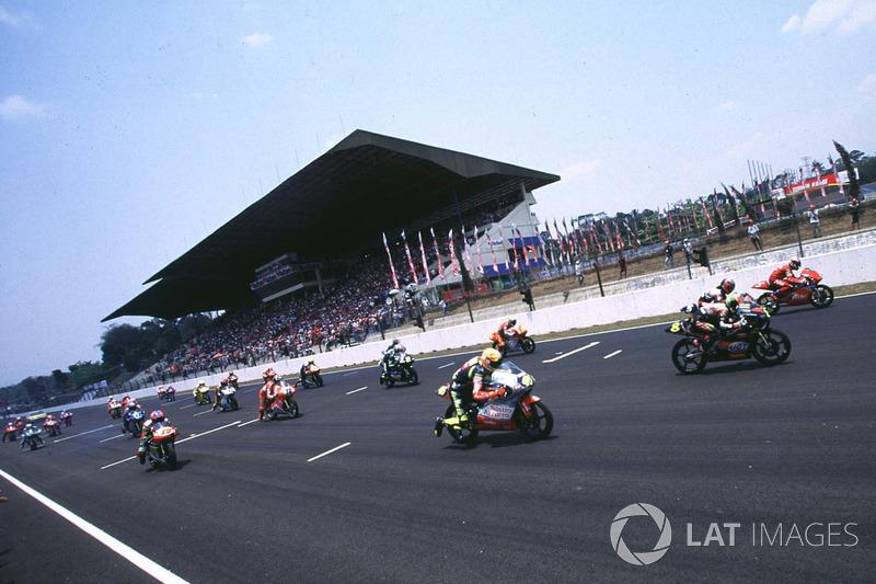 Start balapan kelas 125cc di Sentul