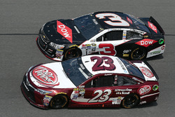 Austin Dillon, Richard Childress Racing Chevrolet, David Ragan, BK Racing Toyota