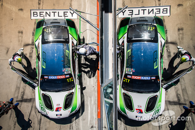 #17 Bentley Team M-Sport Bentley Continental GT3: Steven Kane, Guy Smith, Jules Gounon