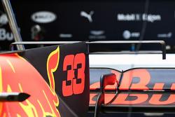 Red Bull RB13: Motorhauben-Finne und T-Flügel