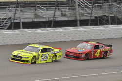 Paul Menard, Team Penske, Ford Mustang Menards/Richmond and Ross Chastain, JD Motorsports, Chevrolet