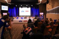 Пресс-конференция КамАЗ-мастер и Тотал Восток