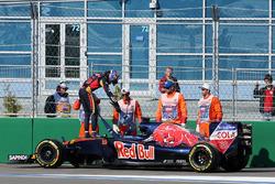 Max Verstappen, Scuderia Toro Rosso STR11 yarış dışı