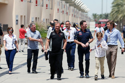 Christian Horner, Red Bull Racing teambaaas en Robert Fernley, Sahara Force India F1 Team afgevaardi