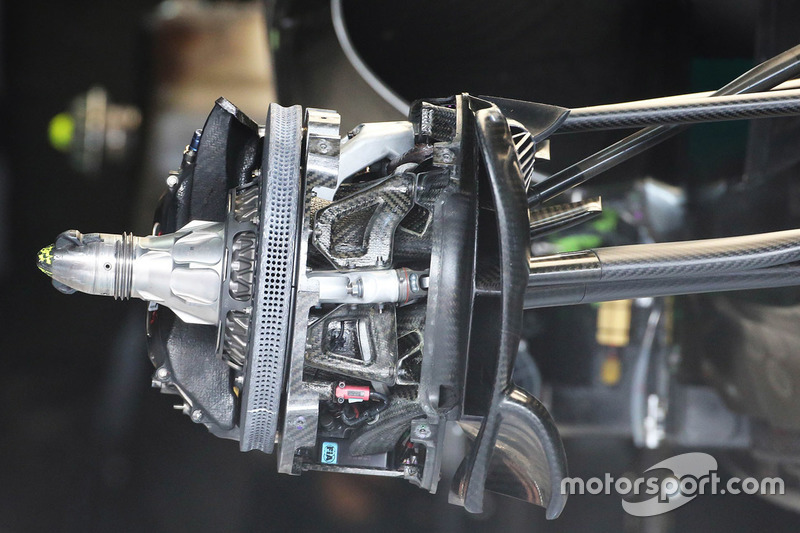 Mercedes AMG F1 W07 Hybrid: Bremsscheibe