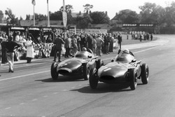 Stirling Moss, Vanwall, after Tony Brooks gave up his car for Moss to drive after his car retired