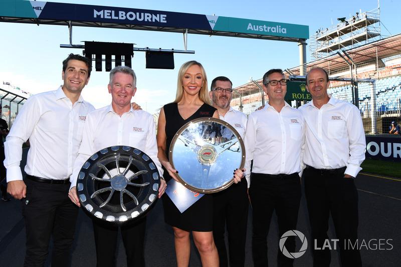 Andrew Westacott, CEO australiano del GP y miembros de Australian GP Corporation