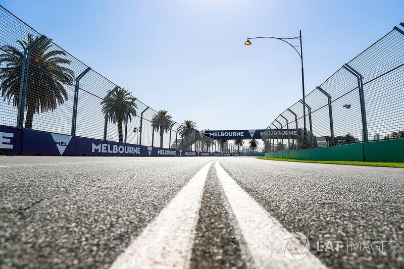 Le bord de piste durant le trackwalk
