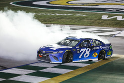 1. Martin Truex Jr., Furniture Row Racing, Toyota Camry Auto-Owners Insurance celebrates