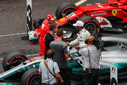Sebastian Vettel, Ferrari, Lewis Hamilton, Mercedes AMG F1, David Coulthard, Channel Four TV Commentator ve Jenson Button (GBR)