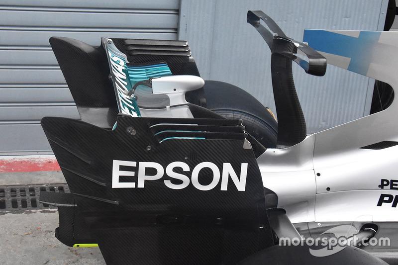 Mercedes AMG F1 W08 arka kanat detay