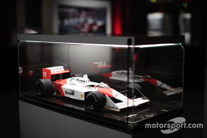 Ayrton Senna'nın 1988 McLaren Honda'sının modeli