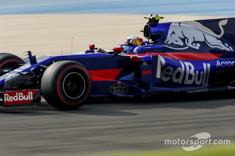 16: Карлос Сайнс-мл., Scuderia Toro Rosso STR12