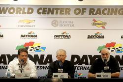 Ed Laukes, Toyota; Joe Gibbs, Joe Gibbs Racing; Barney Visser, Furniture Row Racing