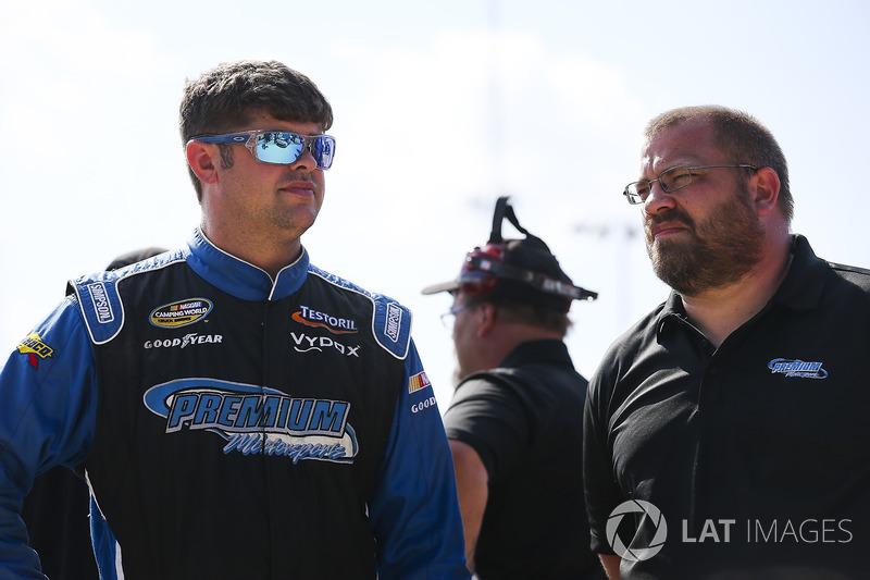 Wendell Chavous, Premium Motorsports Chevrolet, mit Brian Keselowski