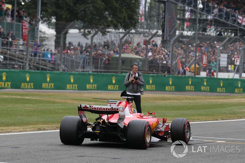 Sebastian Vettel, Ferrari SF70H llega a parc ferme