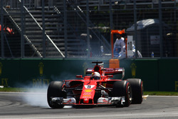 Sebastian Vettel, Ferrari SF70H locks up