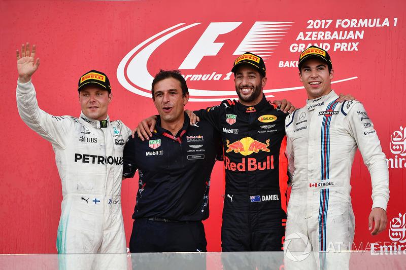 Race winner Daniel Ricciardo, Red Bull Racing celebrates on the podium, Pierre Wache, Red Bull Racing Chief Engineer Performance Engineering, Valtteri Bottas, Mercedes AMG F1 and Lance Stroll, Williams