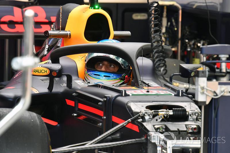 Daniel Ricciardo, Red Bull Racing RB13 y el halo