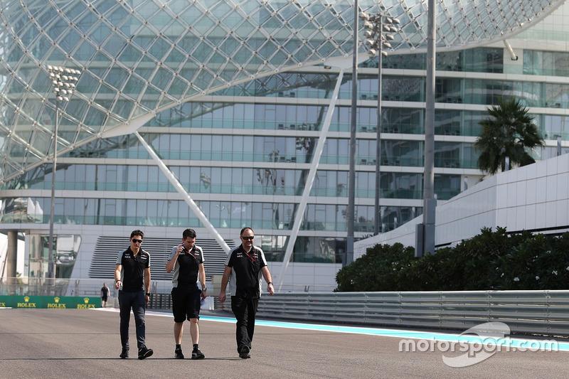 Trackwalk: Alfonso Celis Jr., Sahara Force India