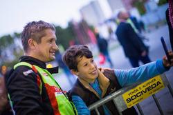 Валерій Горбань поруч із вболівальником, Eurolamp WRT, Mini WRC'16