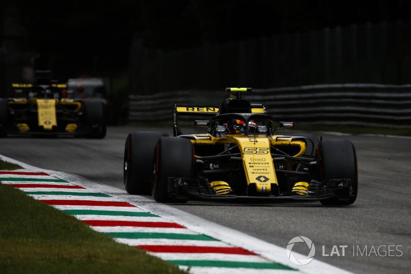 Carlos Sainz Jr., Renault Sport F1 Team RS 18 and Nico Hulkenberg, Renault Sport F1 Team RS 18