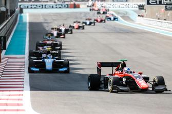Jake Hughes, ART Grand Prix et Juan Manuel Correa, Jenzer Motorsport