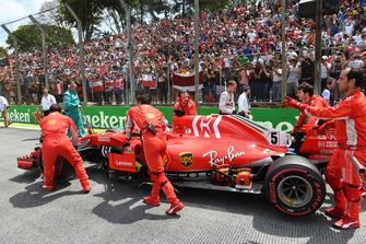 Sebastian Vettel, Ferrari SF71H on the grid