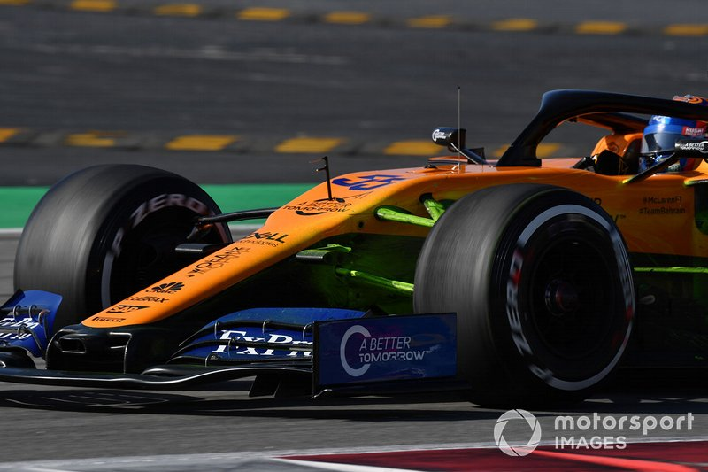 Carlos Sainz Jr., McLaren MCL34 con parafina
