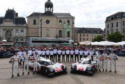 #1 Porsche Team Porsche 919 Hybrid: Neel Jani, Andre Lotterer, Nick Tandy, #2 Porsche LMP Team Porsche 919 Hybrid: Timo Bernhard, Earl Bamber, Brendon Hartley