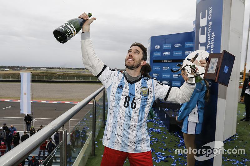 Естебан Гер'єрі, Campos Racing Chevrolet Cruze