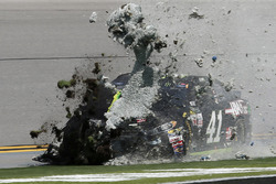 Kurt Busch, Stewart-Haas Racing Ford in trouble