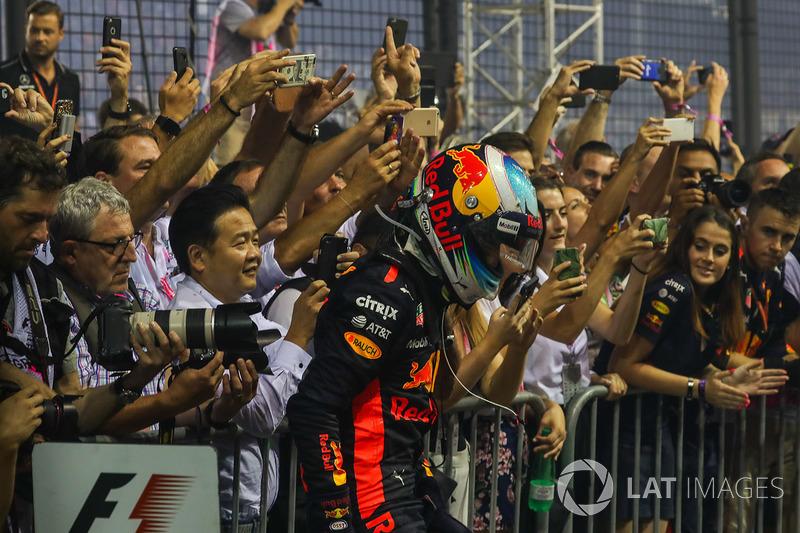 Second place Daniel Ricciardo, Red Bull Racing