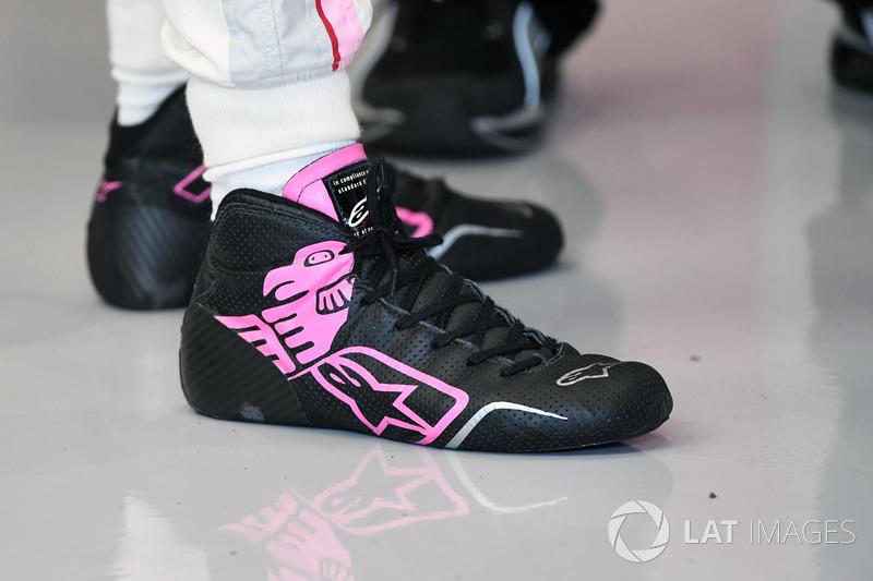 Sergio Perez, Sahara Force India, Alpinestars boots