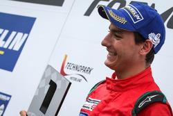 Podium : le vainqueur Alfonso Celis Jr., Fortec Motorsports