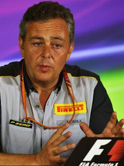 Mario Isola, directeur de la compétition Pirelli en conférence de presse