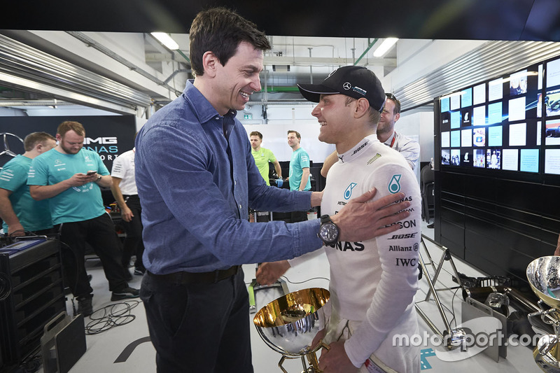 Toto Wolff, Executive Director Mercedes AMG F1,  Valtteri Bottas, Mercedes AMG F1