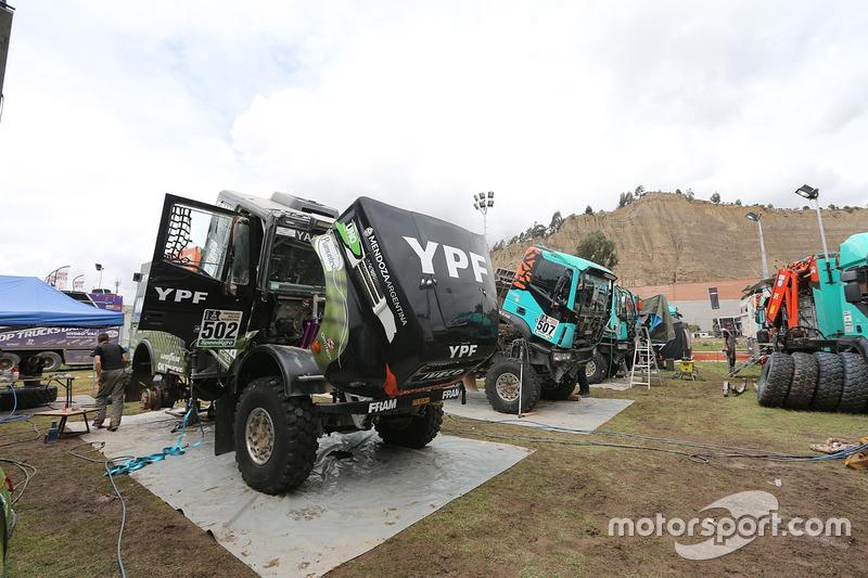 #502 Team De Rooy, IVECO: Federico Villagra, Adrian Yacopini, Ricardo Torlaschi
