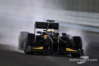 Voiture d'essais Pirelli F1