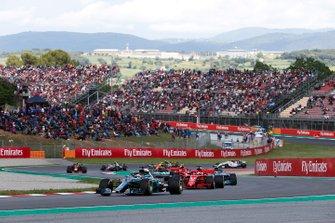 Lewis Hamilton, Mercedes AMG F1 W09, y Sebastian Vettel, Ferrari SF71H