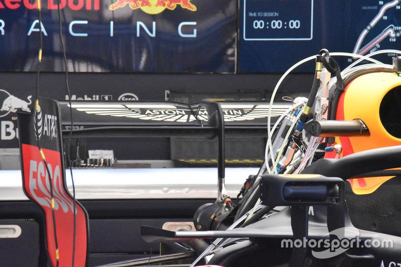Red Bull Racing RB14 detalle del ala trasera