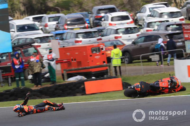 Bradley Smith, Red Bull KTM Factory Racing,crash