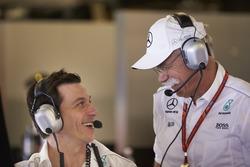 Toto Wolff, Direttore Esecutivo Mercedes AMG F1, Dr Dieter Zetsche, CEO, Mercedes Benz