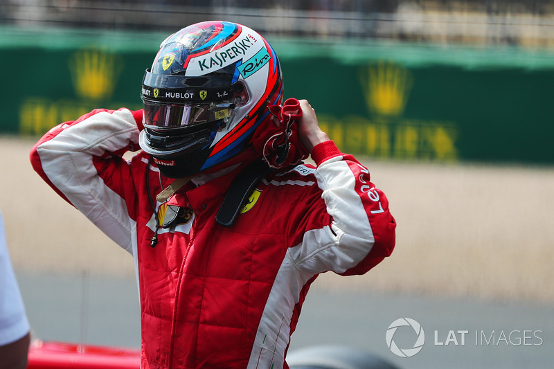 Raikkonen, Alonso ile eşitledi