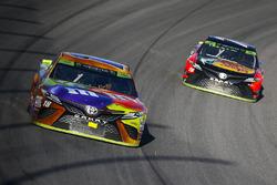 Kyle Busch, Joe Gibbs Racing Toyota and Martin Truex Jr., Furniture Row Racing Toyota