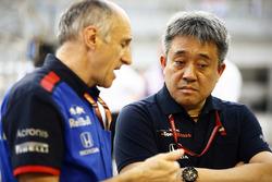 Franz Tost, Team Principal, Toro Rosso, e Masashi Yamamoto, General Manager, Honda Motorsport