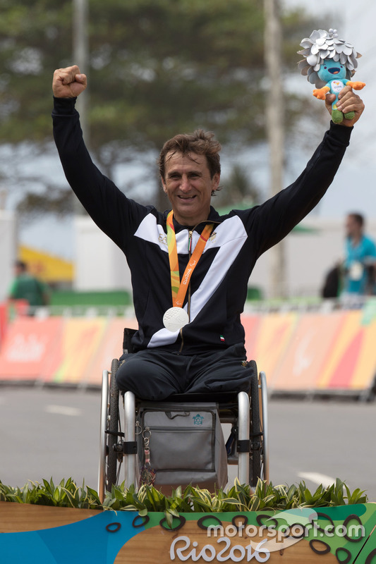 Silver for Alex Zanardi